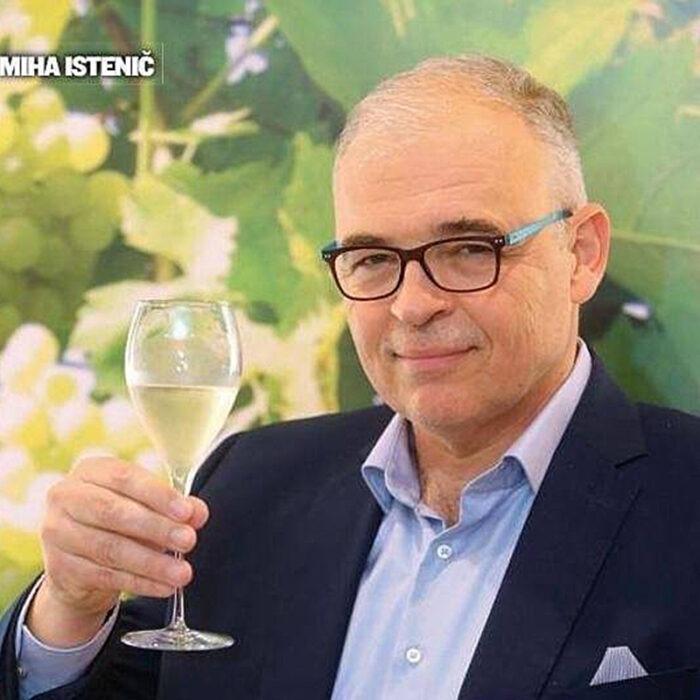 2istenic wines bewines