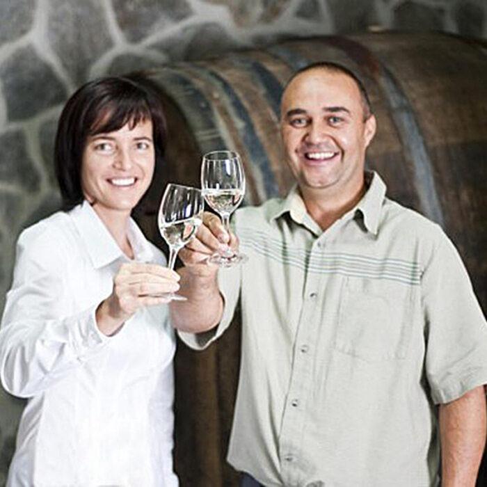 2hlade wines bewines